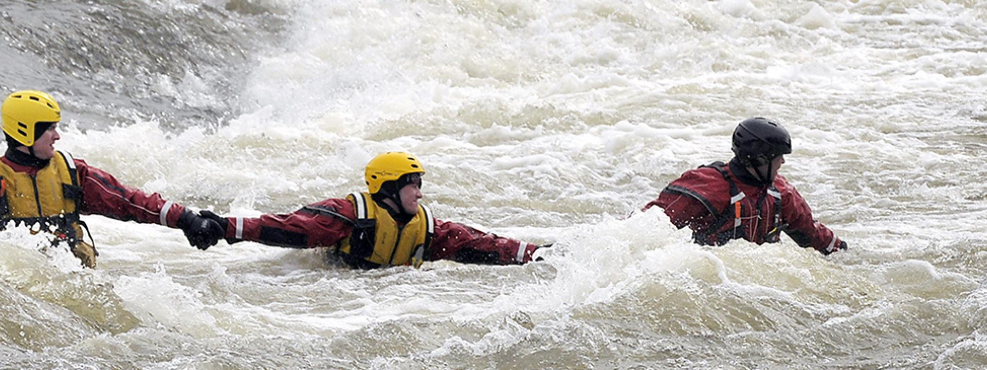 Water rescue with human chain