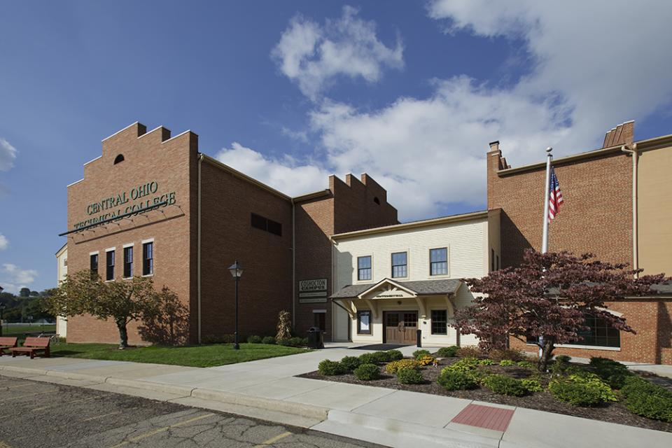building on Coshocton Campus